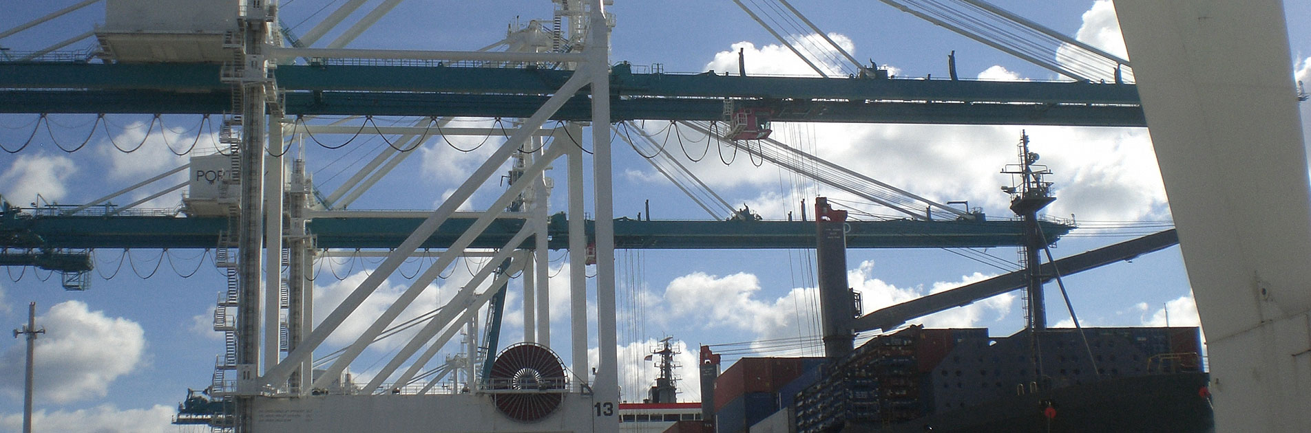 Brieda Cabins - Terminal port installation